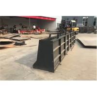 隔离墩钢模具用途十分广泛
